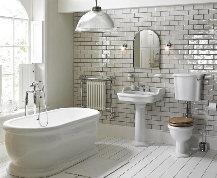 Mooie Wastafels Badkamer : Mooie colonial badkamer suite vanheck badkamers met kunststof