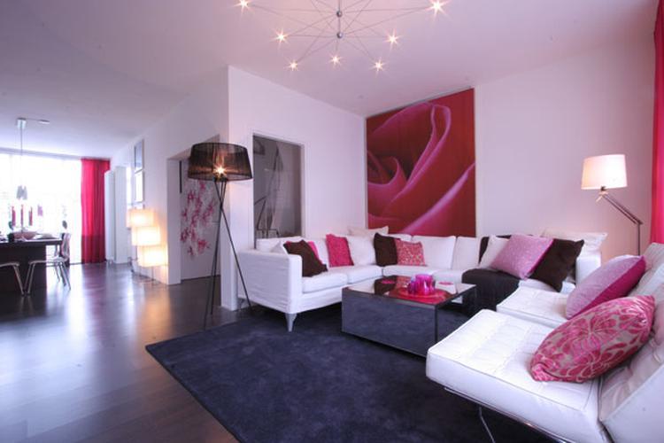 mooie roze getinte woonkamer. Foto geplaatst door liepje op Welke.nl