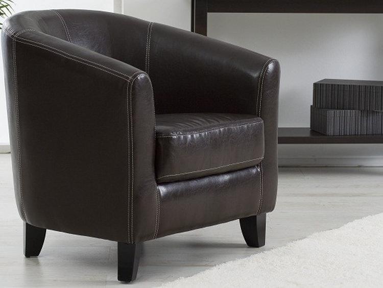 Stoel voor bij de openhaard for Kussens voor op stoelen