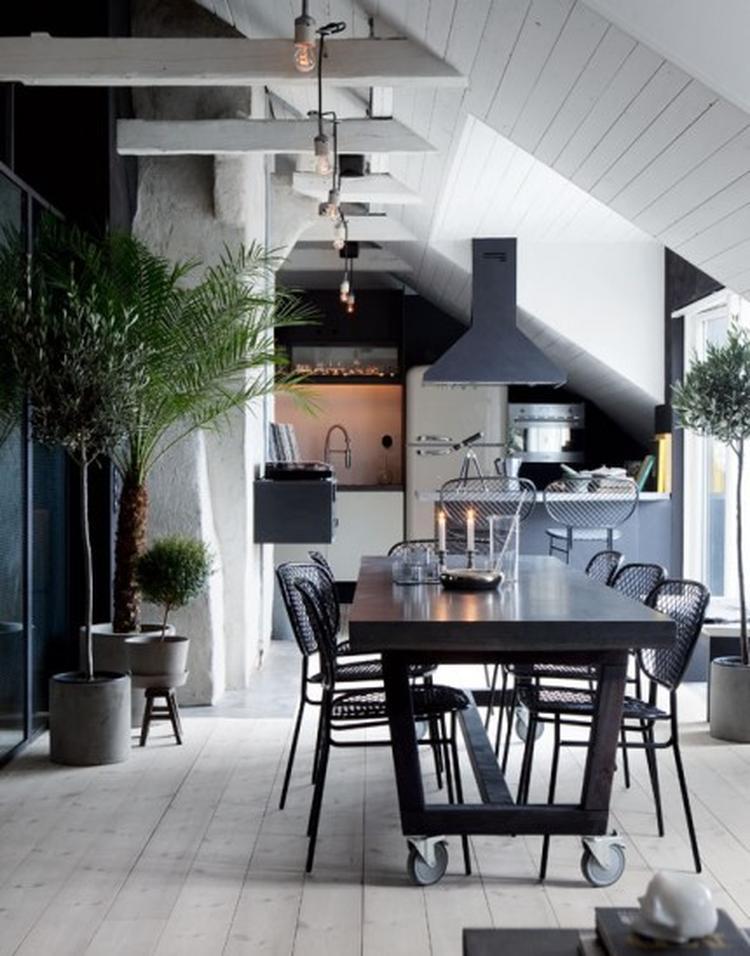 Stoere woonkamer. Foto geplaatst door SiendeWit op Welke.nl