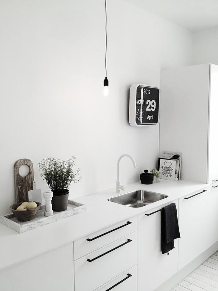 Keuken met stoere handgrepen. foto geplaatst door siendewit op ...