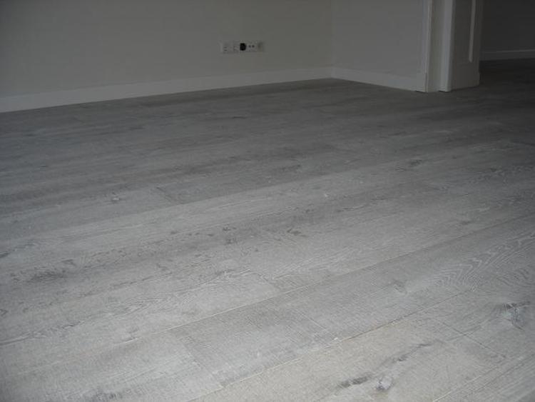 Mooie kleur houten vloer foto geplaatst door che op welke
