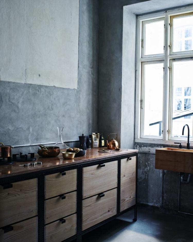 Stoere industriële keuken. Foto geplaatst door SiendeWit op Welke.nl