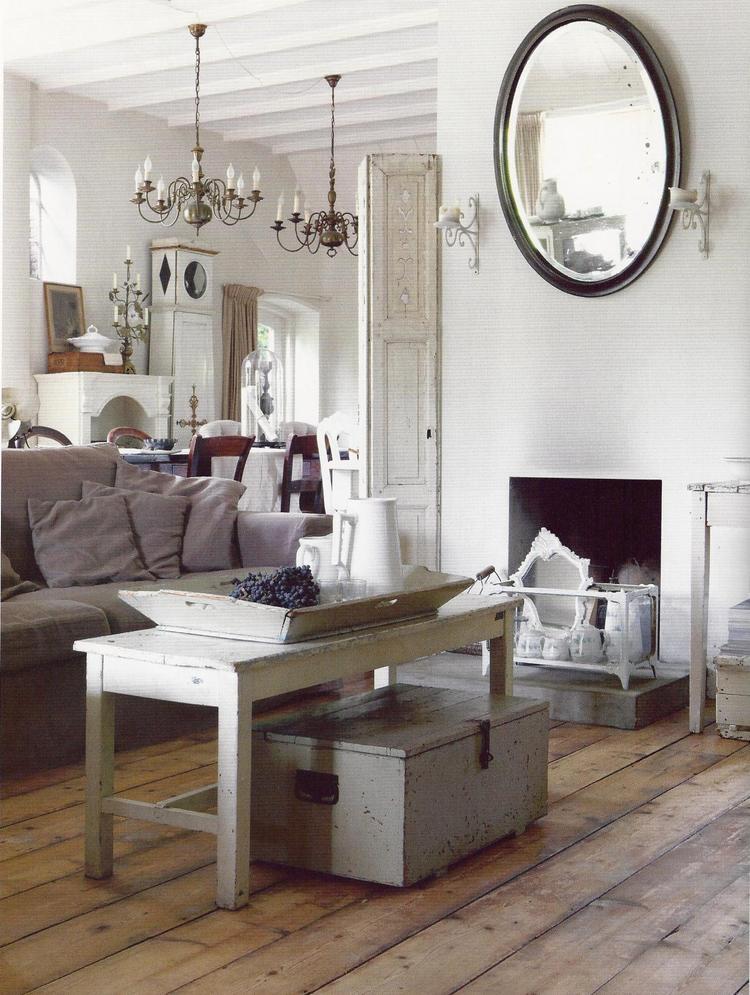 Wonderlijk Mooie landelijke zitkamer met prachtig verweerde meubels. de FW-83
