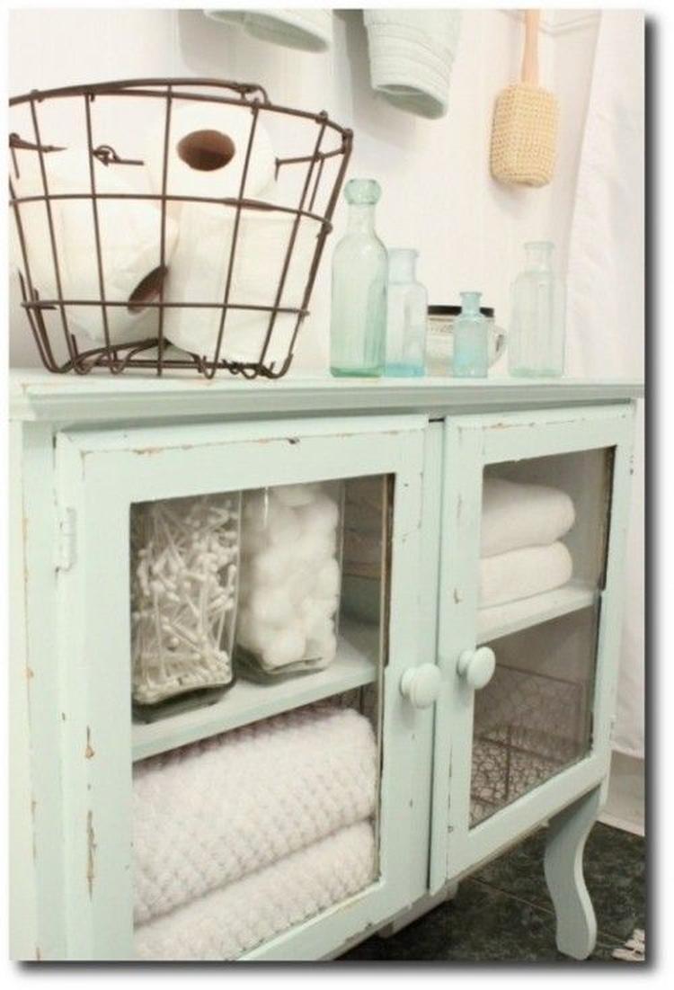 Leuk vintage kastje bijvoorbeeld in de badkamer. Foto geplaatst door ...