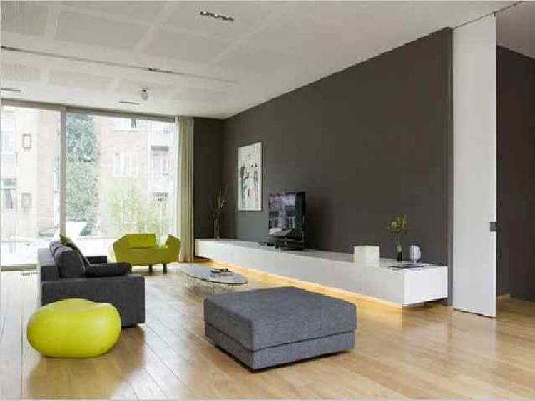 Mooie kleur grijs op de muur for Welke muur verven woonkamer