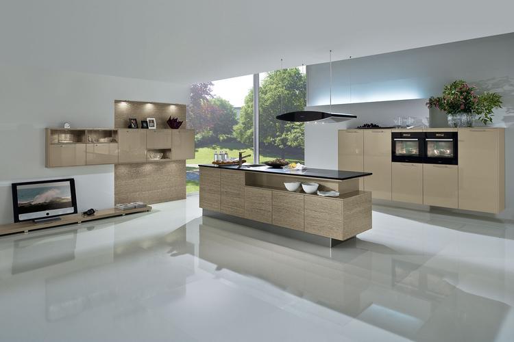 Kijk voor meer modellen op www.stuutkeukendesign.nl. foto geplaatst
