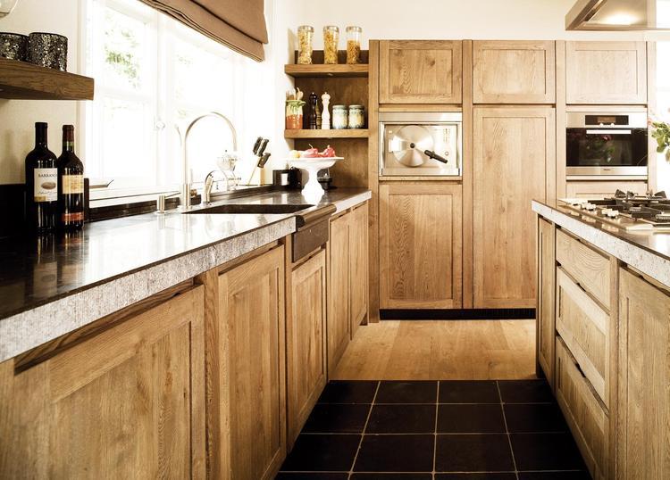 Keuken Eiken Landelijk : Landelijk houten keuken deze landelijke keuken van klassiek eiken