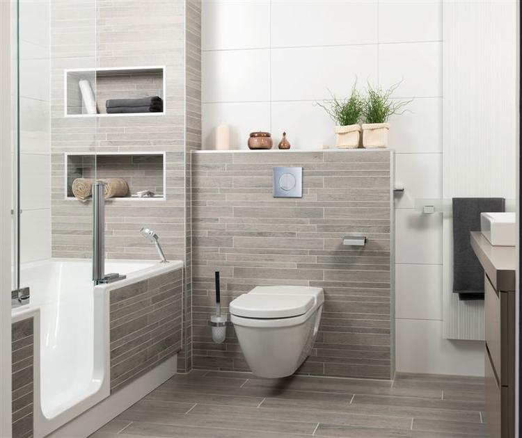 tegels in natuurlijke kleuren in de badkamer. Foto geplaatst door ...