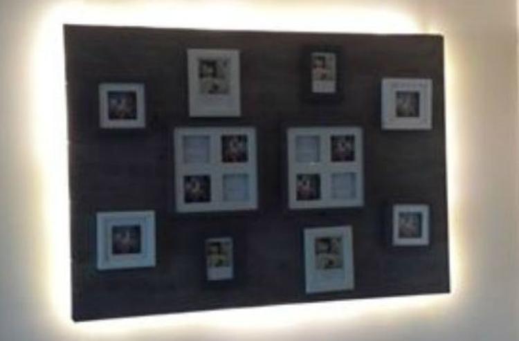 zelfgemaakt wandbord van laminaat. fotolijstjes en led verlichting ...