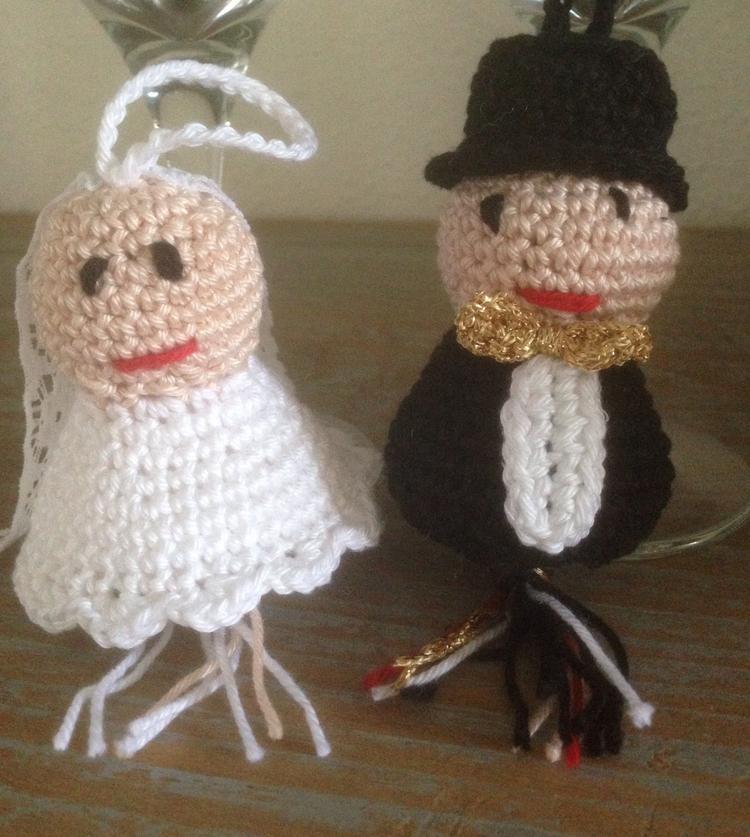Bruidspaar Gelukspoppetjes Uit Het Boek Gelukspoppetjes En Hangers