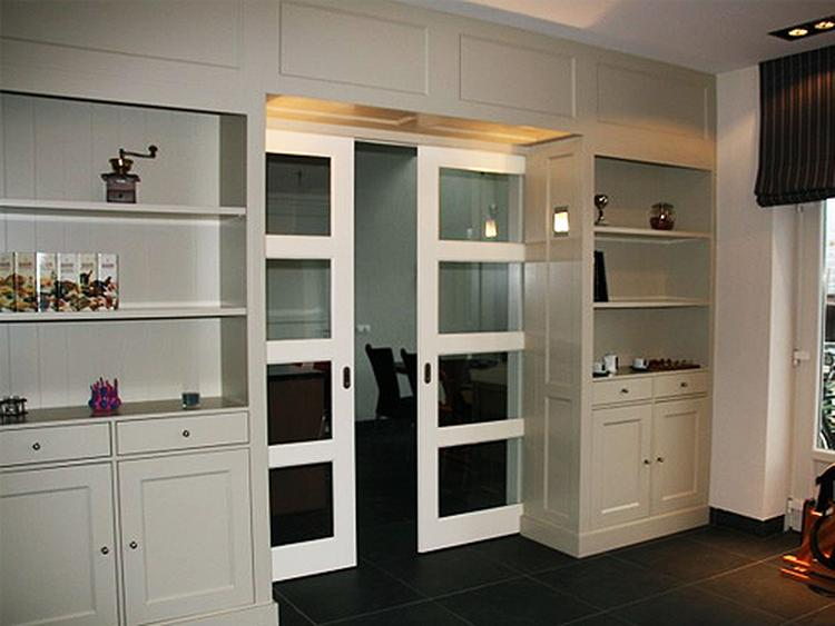 Keuken Met Schuifdeuren.Moderne Schuifdeuren Voor In De Woonkamer Keuken Foto Geplaatst