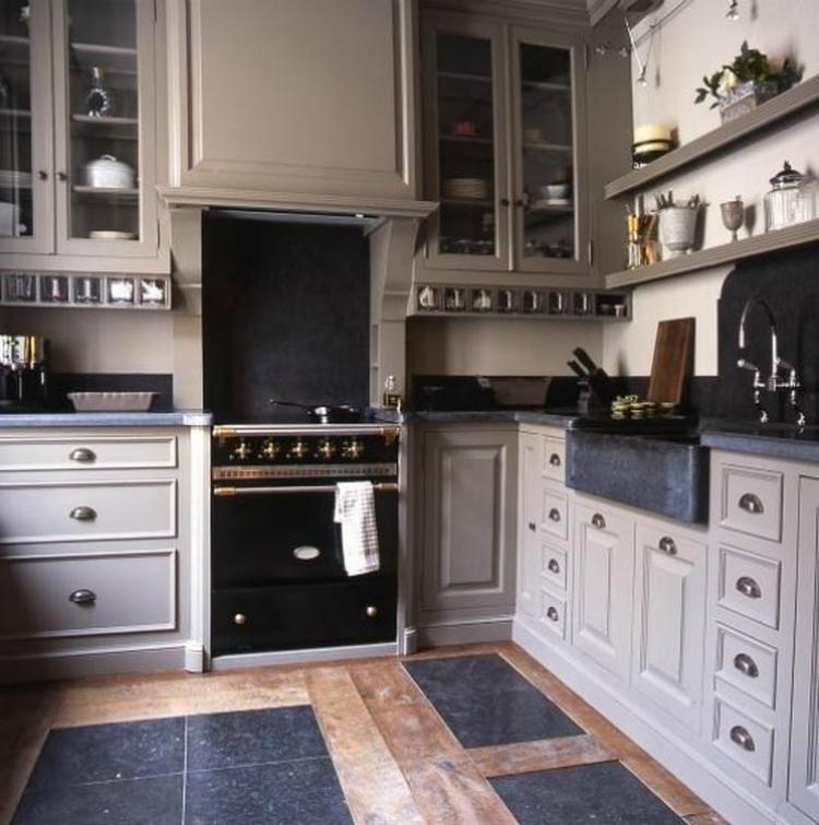 Keuken sober landelijk for Auto interieur verven