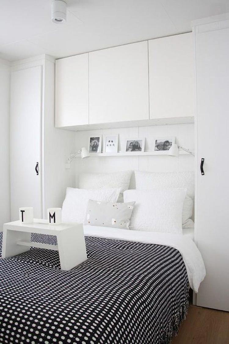 inbouw bed achterwand. Handige opbergruimte voor kleine slaapkamers ...