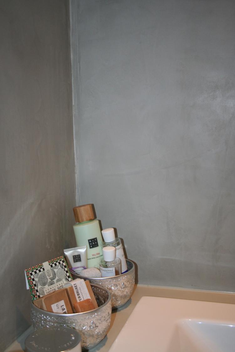Pandomo Wall aangebracht in een badkamer. Heel mooi gecombineerd met ...
