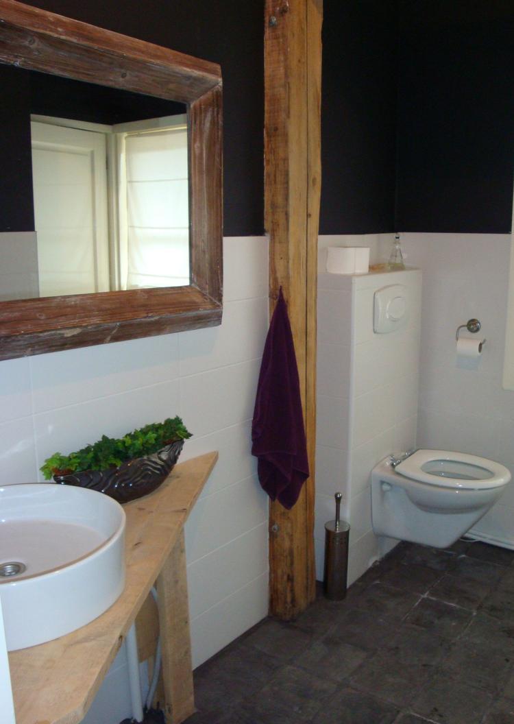 Weinig ruimte in je badkamer? Dan is een hoek-wastafel misschien een ...