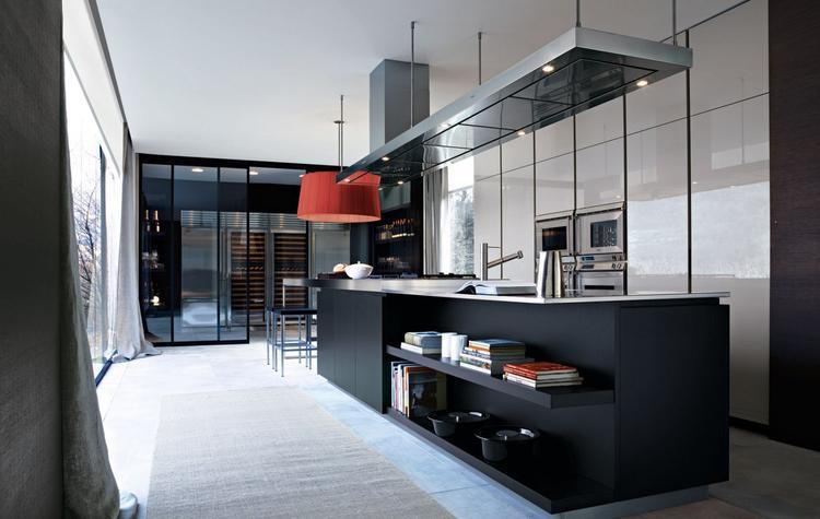 Luxe varenna matrix keuken met groot werkeiland met rvs werkblad