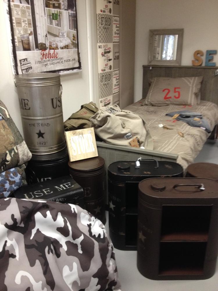 jongens willen ook graag een gave slaapkamer om lekker te hangen met stoere kinderkamer accessoires