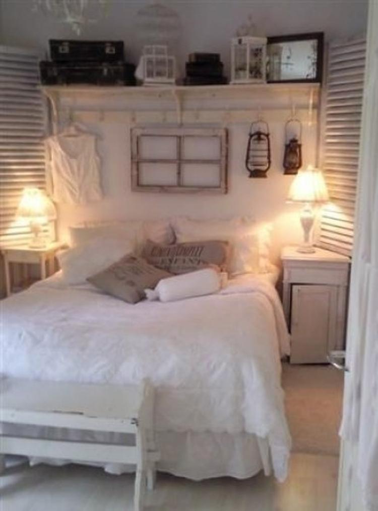 mooie romantische slaapkamer. Pluk en theetuin www.steinsetuin.nl ...