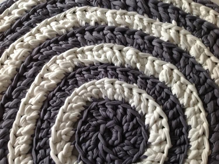 Dit Kleed Is Gehaakt Met Textielgaren Van De Action 2x 450gram