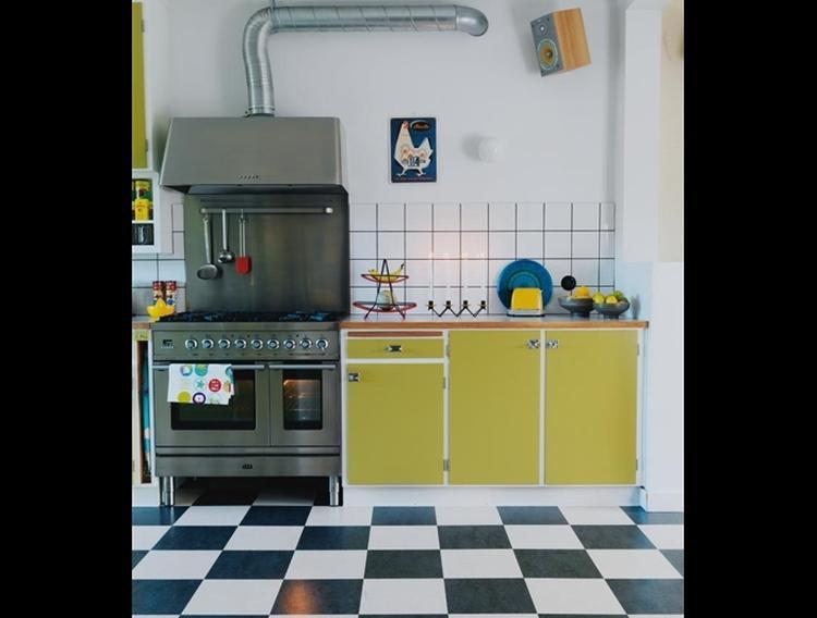 Welke Nl Keuken : Vrolijk en uit oude keuken te maken. foto geplaatst door doreendewit