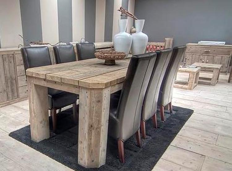 Mooie Steigerhouten Eettafel.Mooie Eettafel Van Steigerhout Foto Geplaatst Door Esgrado Op Welke Nl