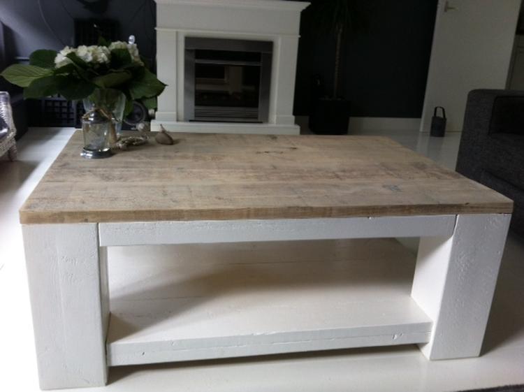 landelijke steigerhout salontafels met een wit gelakt onderstel, Deco ideeën