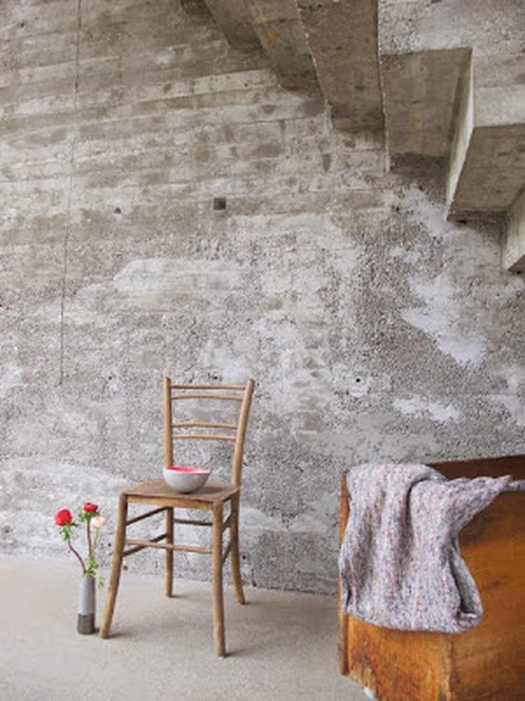 Industrieel interieur - industriële woonkamer - beton - betonlook ...