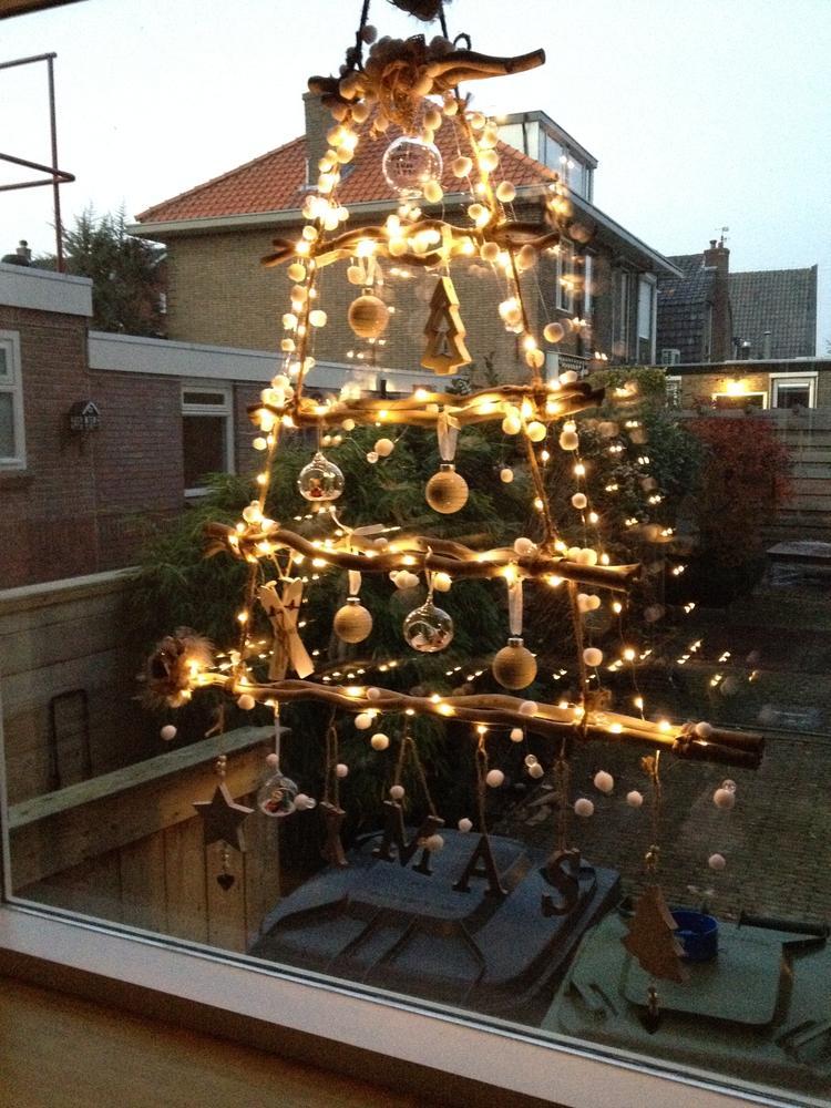 Kerstboom Van Takken Met Verlichting Foto Geplaatst Door Evls Op