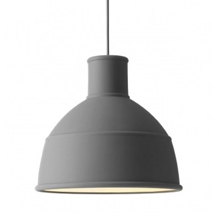 hanglamp voor boven de eettafel geà nspireerd door een industrià le