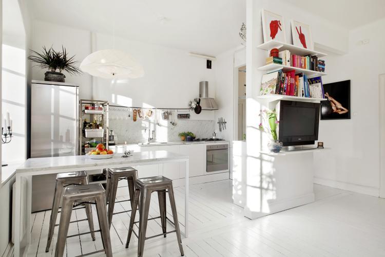 Een klein appartement in de keuken zijn er een aantal industriële