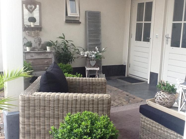 Vaak inrichting veranda. Foto geplaatst door nanda93 op Welke.nl &PX51