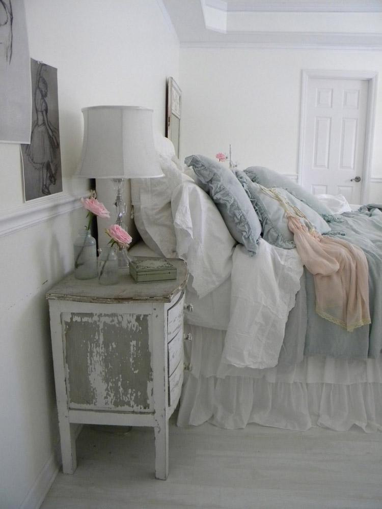 Slaapkamer in landelijke stijl. In deze slaapkamer kom je helemaal ...