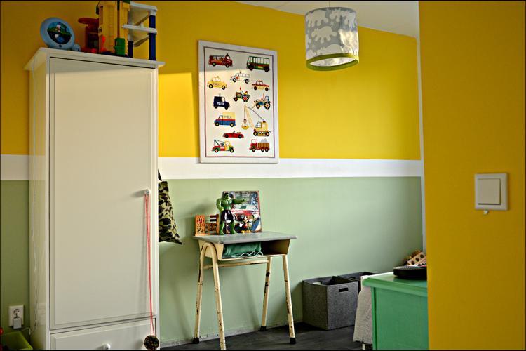 Mooie Kinder Slaapkamers : Retro kinder slaapkamer met vintage bureautje foto geplaatst