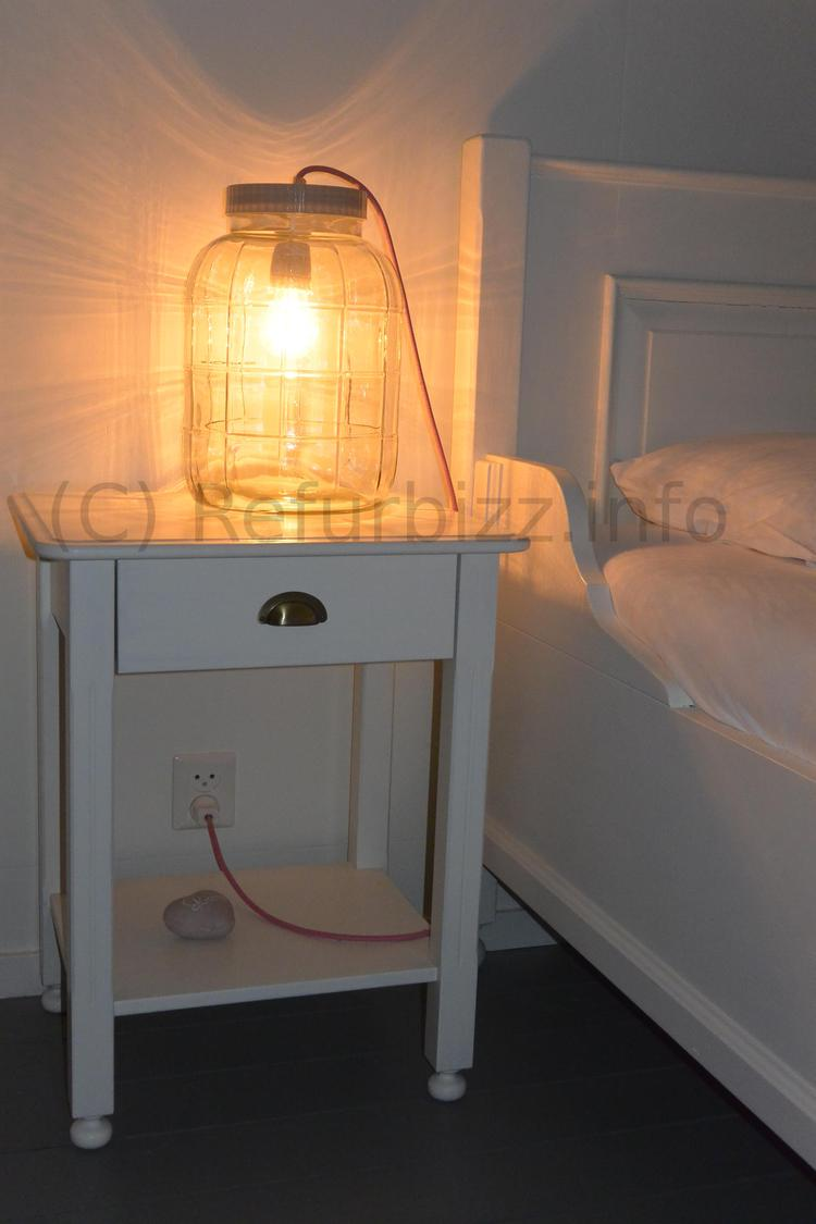 Lamp Voor Op Nachtkastje.Een Lamp Bijvoorbeeld Voor Op Het Nachtkastje Maar Kan