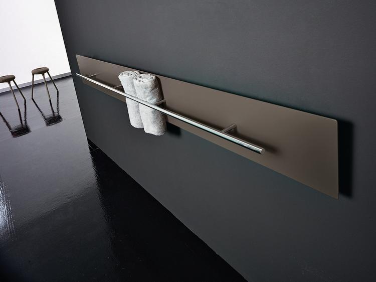 Designradiator Badkamer Zwart : Designradiator teso. verwarming teso brengt warmte naar je badkamer