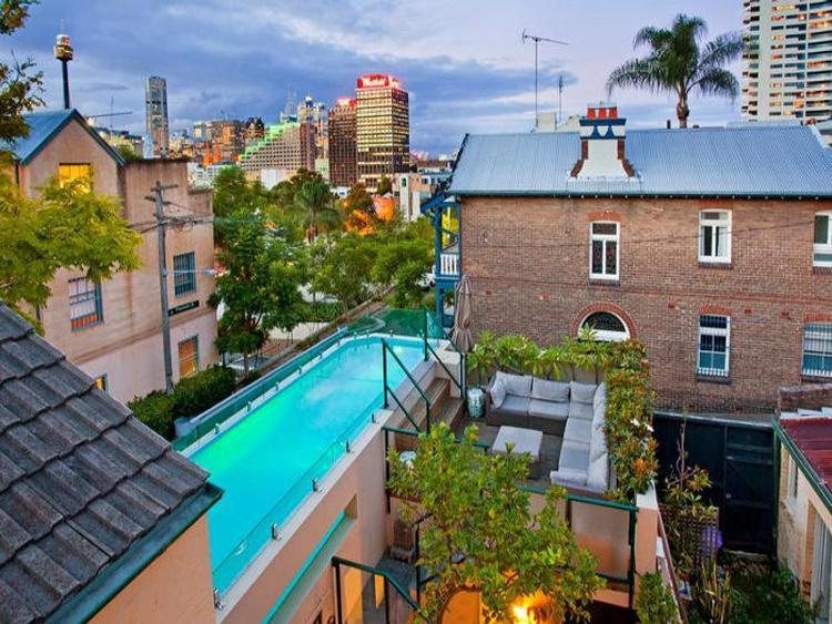Zwembad Op Dakterras : Zwembad op een dakterras in de stad weer zo n mooi zwembad dat