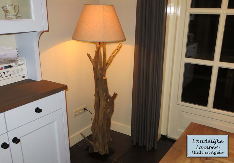 Vloerlamp Hout Landelijk : Landelijke staande lamp ha u aboriginaltourismontario