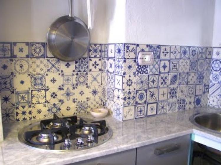 Diepte Schiereiland Keuken  Kleine keuken idee aardetinten foto geplaatst door roosdoos op  Rond