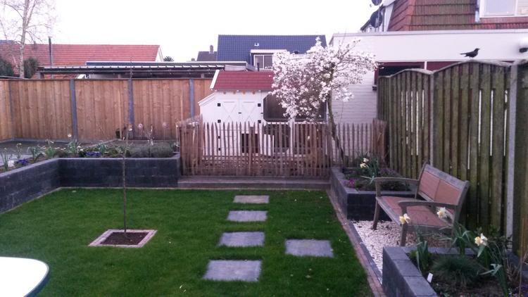 Gras In Tuin : Moderne tuin en toch landelijk en klassiek