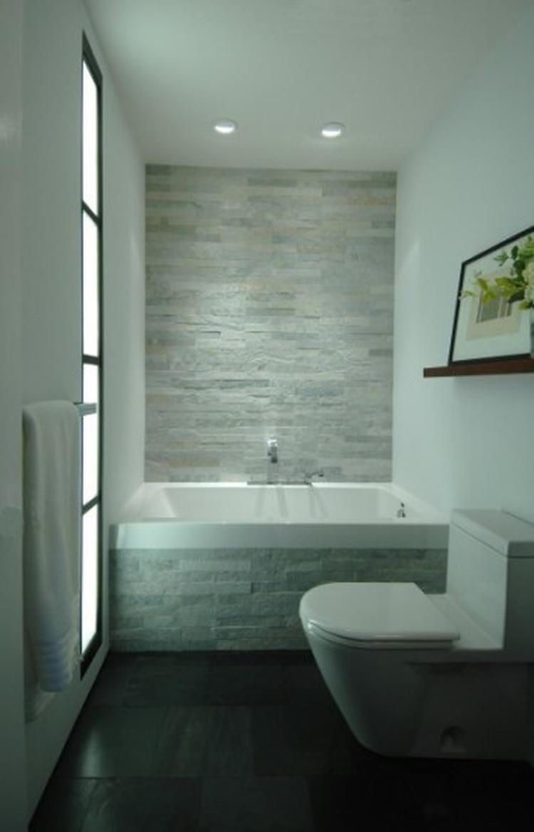 Mooie wit/grijze wand in badkamer. Foto geplaatst door skoenraadt op ...