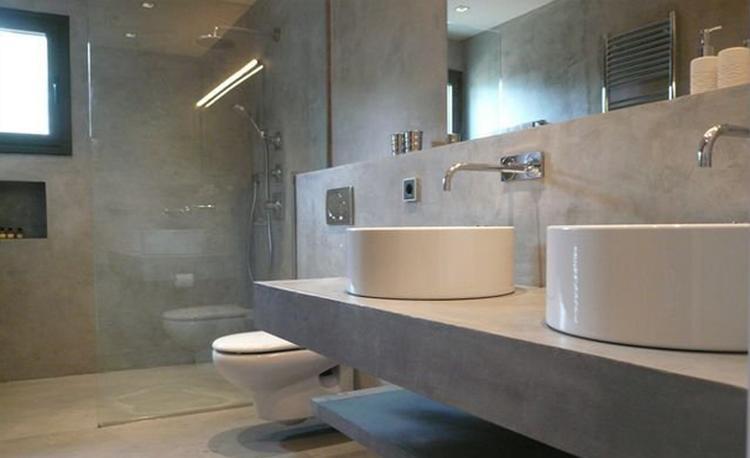 badkamer uitgevoerd in grijs marmerstuc. tijdloos mooi stucamor, Badkamer