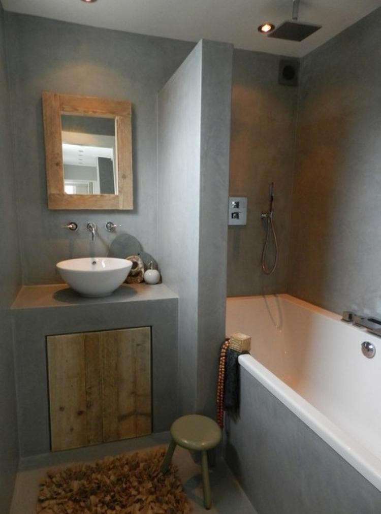 Badkamer hout en beton. Foto geplaatst door Dnvandonge op Welke.nl