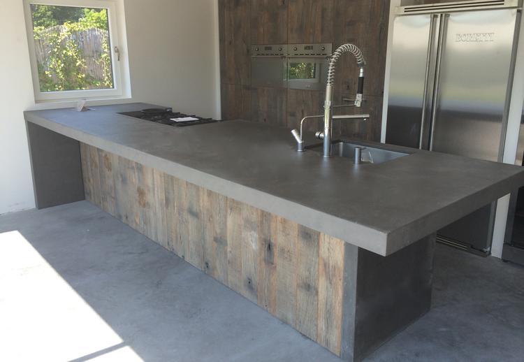 Zwart Betonvloer Keuken : Populair keuken steigerhout beton ve belbin