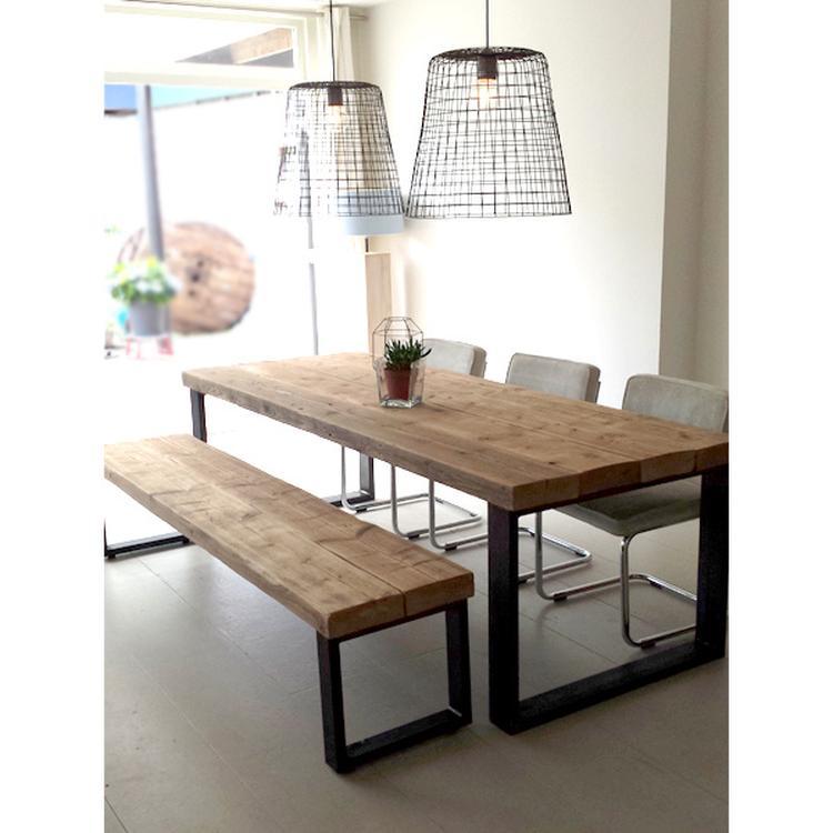 Geliefde Een stoere eettafel met bijpassend bankje Timber. Gemaakt van oude &RX41