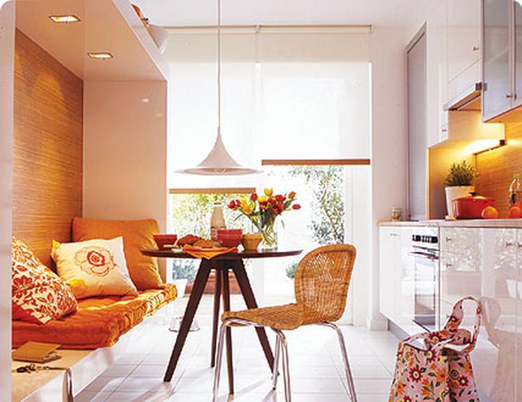 Keuken Kleine Kleur : Kleine keuken met kleur en ruimte foto geplaatst door sonoio op