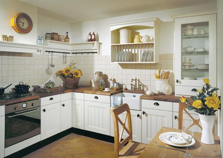 Werkblad Keuken Hout : Gezellige landelijke woonkeuken met houten werkblad van dekker