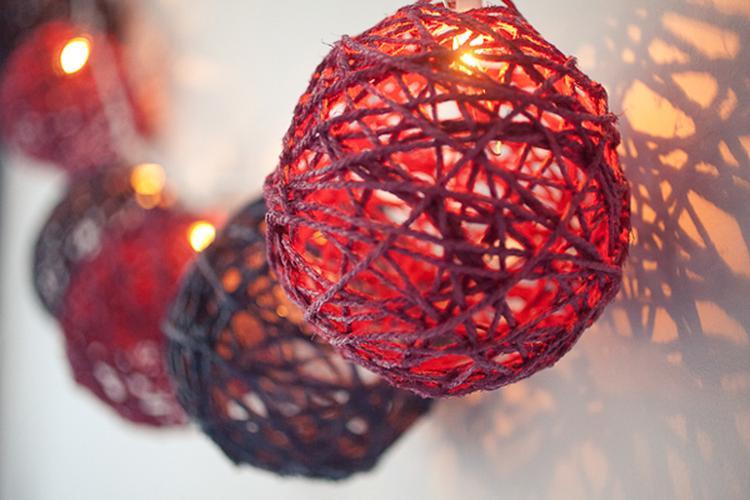 Decoratie kerstverlichting glazen vaas buitenlevengevoel
