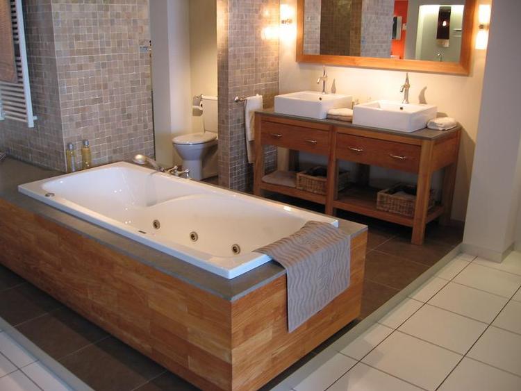 Zeer mooie badkamer. Foto geplaatst door juliebart op Welke.nl