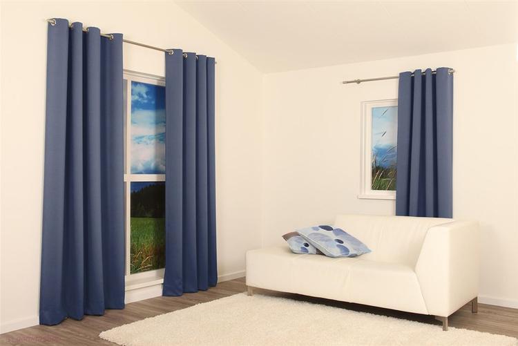Gebruik verduisterende overgordijnen om je slaapkamer donker te ...